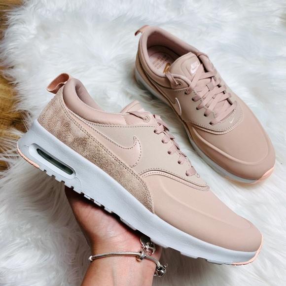 Nike Air Max Thea Beige Sneaker